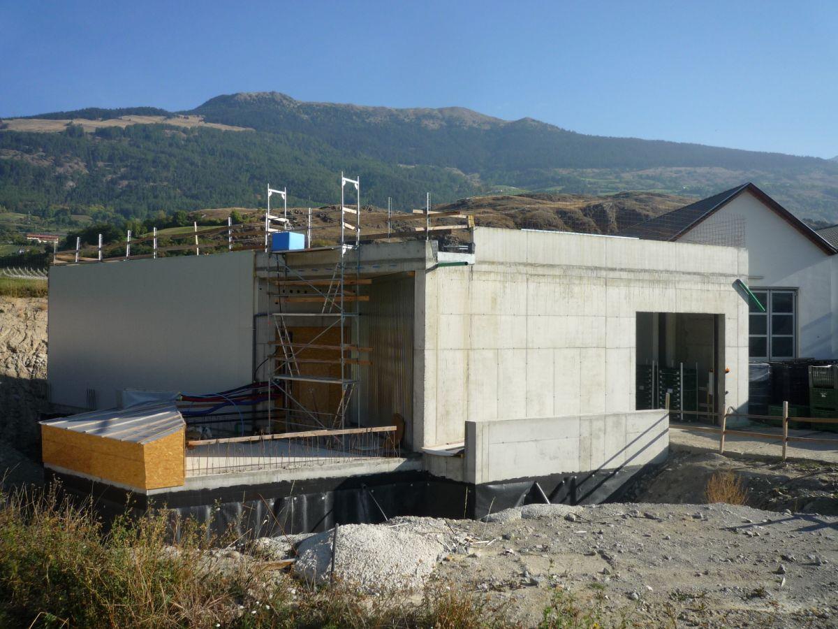 Costruzione di un magazzino e di un centro di lavorazione for Piani di costruzione di magazzino