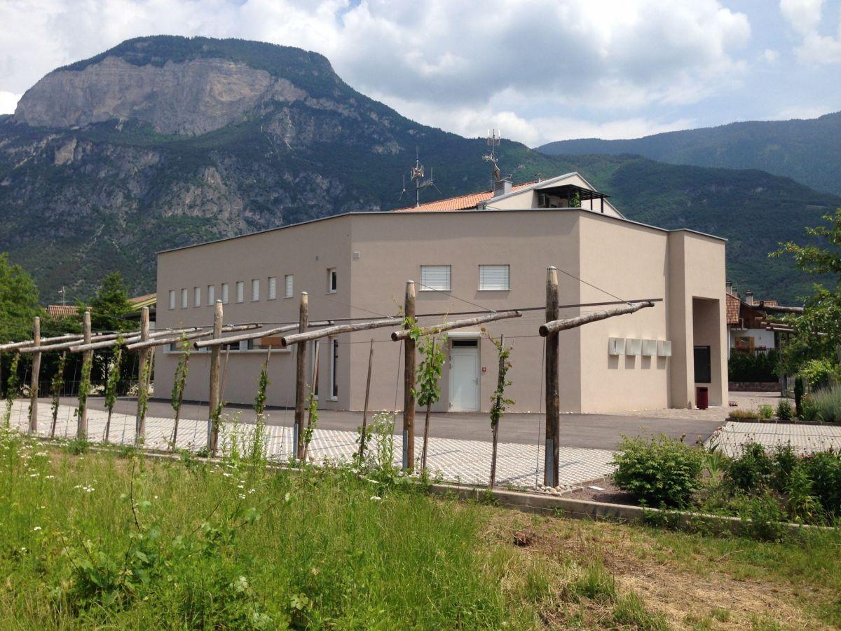 Costruzione della caserma dei vigili del fuoco di cortina for Piani di cabina della torre di fuoco